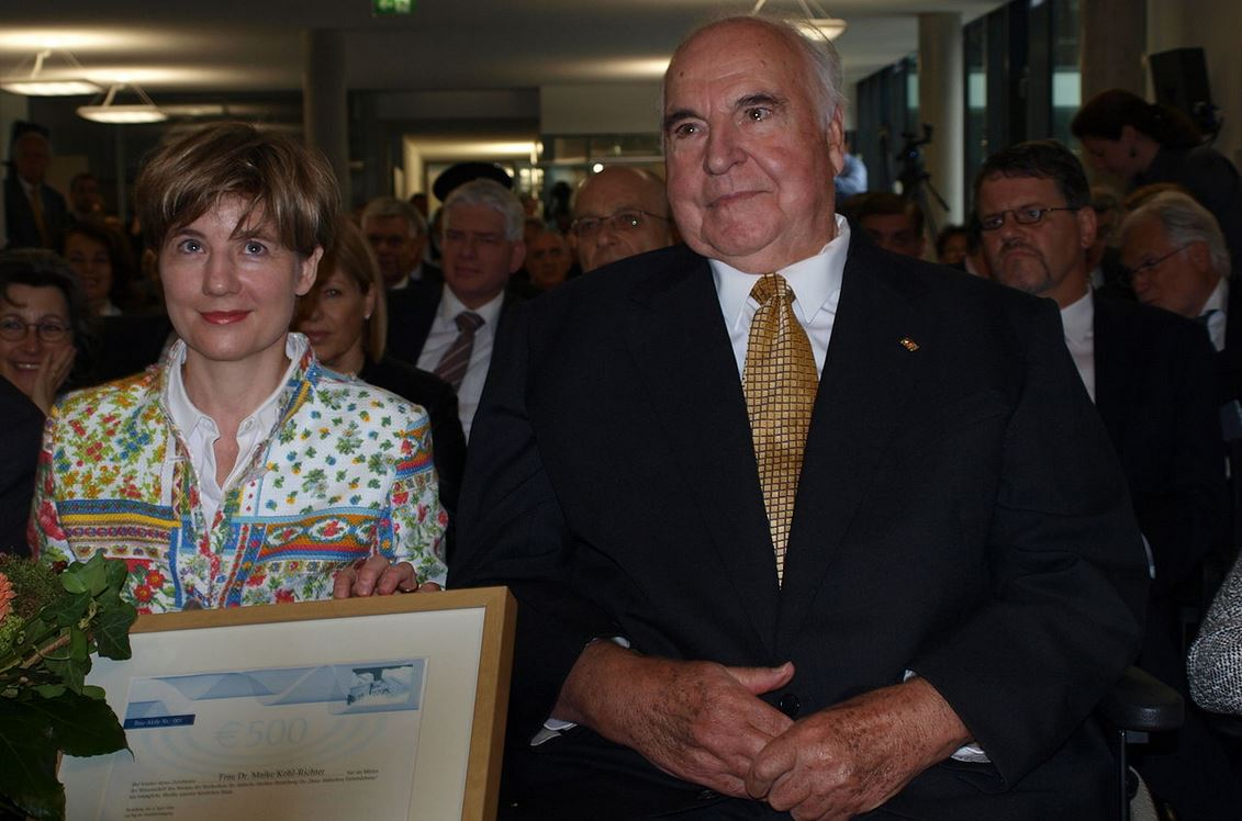 HelmutKohl_MaikeRichter-Kohl_Wikipedia_CC2.0_ChristlichesMedienmagazinPro